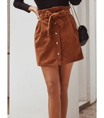 falda de cintura alta con bolsillos laterales de pana