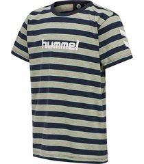 t-shirt-210559