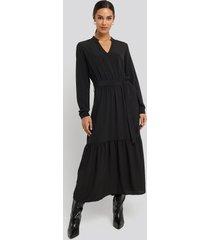 sisters point egum maxi dress - black