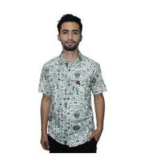 camisa estampada camaleão urbano caveira exótica vintage bege
