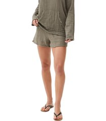 women's michael stars peggy smocked waist gauze shorts, size x-small - green