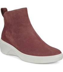 women's ecco soft 7 wedge bootie, size 7-7.5us - red