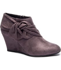 cl by chinese laundry women's viveca wedge ankle booties women's shoes