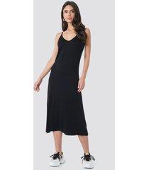 trendyol halter strap midi dress - black
