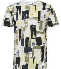 aop tee s/s t-shirts short-sleeved grön lindbergh