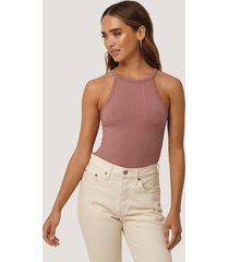 na-kd high neck ribbed body - pink