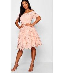 boutique kanten off shoulder skater jurk, blush