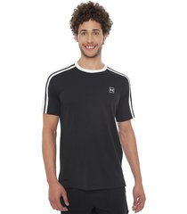 polera under armour unstoppable s striped ss negro - calce regular