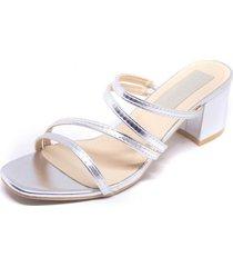sandalia tiras delgadas plata mailea