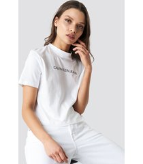 calvin klein shrunken institutional crop tee - white