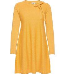 bettina dresses knitted dresses gul jumperfabriken