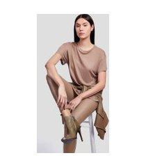 blusa basic color camel maple
