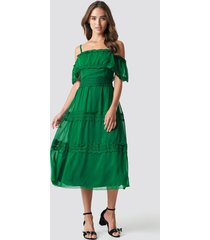 trendyol shoulder strap lace midi dress - green