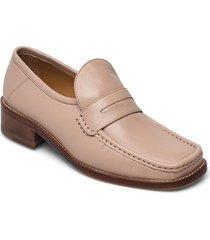 logan loafers låga skor beige notabene