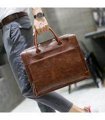 embragues de hombre. maletín de los hombres bolso crazy horse pu-marrón