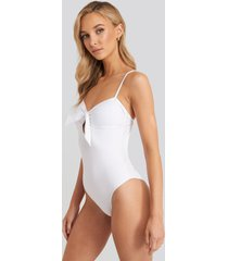 na-kd swimwear knot bikini swimsuit - white