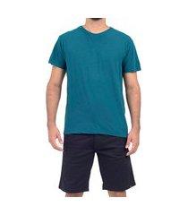 camiseta won básica detalhe couro verde