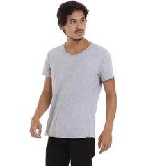 camiseta joss estonada corte à fio masculina