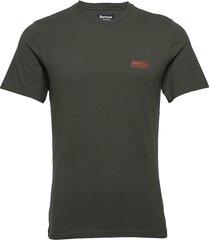b.intl small logo tee t-shirts short-sleeved grön barbour
