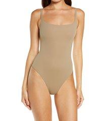 skims fits everybody square neck sleeveless bodysuit, size x-small in desert at nordstrom