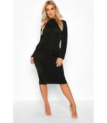 plus getextuurde strakke midi jurk met hoge kraag, zwart