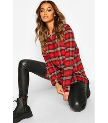 oversized brushed flannel boyfriend t-shirt, red