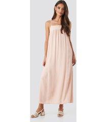 trendyol knot back detailed midi dress - pink