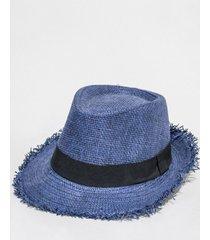 sombrero azul nuevas historias