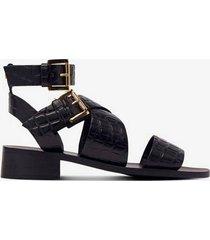 sandalett low heel