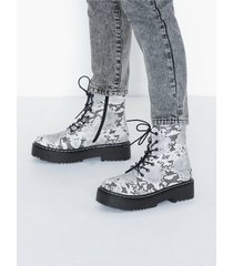 duffy lace up boots flat boots