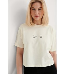 warner bros. ekologisk wonder woman croppad t-shirt - offwhite