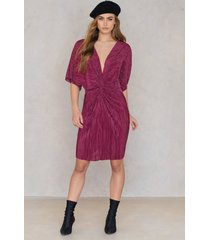 na-kd pleated knot front dress - red