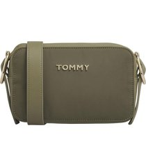 cartera recycled nylon crossover verde tommy hilfiger