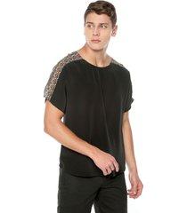 camisa sofisticada negra con recorte en rombos naranja de la marca osop mansion mens fashion jackpot