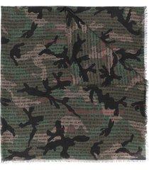 valentino garavani camouflage print scarf - green