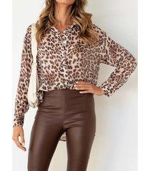 camicetta a maniche lunghe con risvolto con bottoni con stampa leopardata da donna