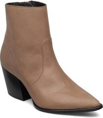 slfjulie leatheroot shoes boots ankle boots ankle boot - heel brun selected femme