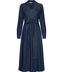 slfmiranda ls long dress w maxi dress galajurk blauw selected femme
