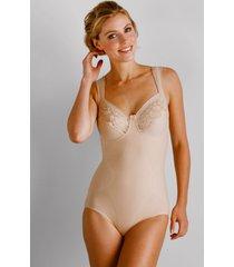 modellerende body van miss mary of sweden beige