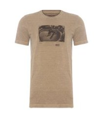 t-shirt masculina stone vintage concrete sessions - marrom