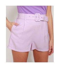 short alfaiataria com bolsos e cinto cintura alta lilás