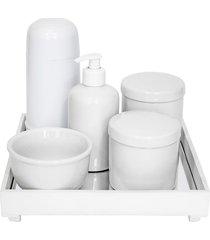 kit higiene espelho completo porcelanas e garrafa pequena branco quarto bebê unissex