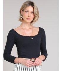 blusa feminina canelada manga 3/4 decote reto preta