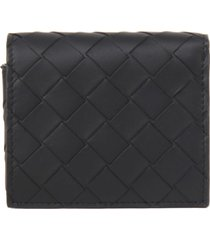 bottega veneta bi-fold wallet in leather with woven design