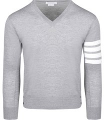 thom browne classic v neck pullover