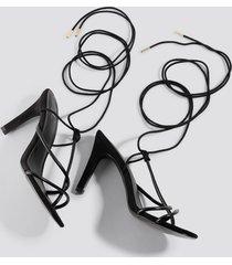 milena karl x na-kd strappy sandal - black