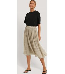 na-kd pleated dotted skirt - beige