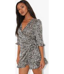 petite satijnen luipaardprint wikkel jurk met ruches, cream