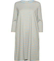 aretta dress knälång klänning blå marimekko