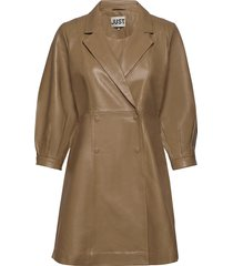 lexie leather dress kort klänning brun just female